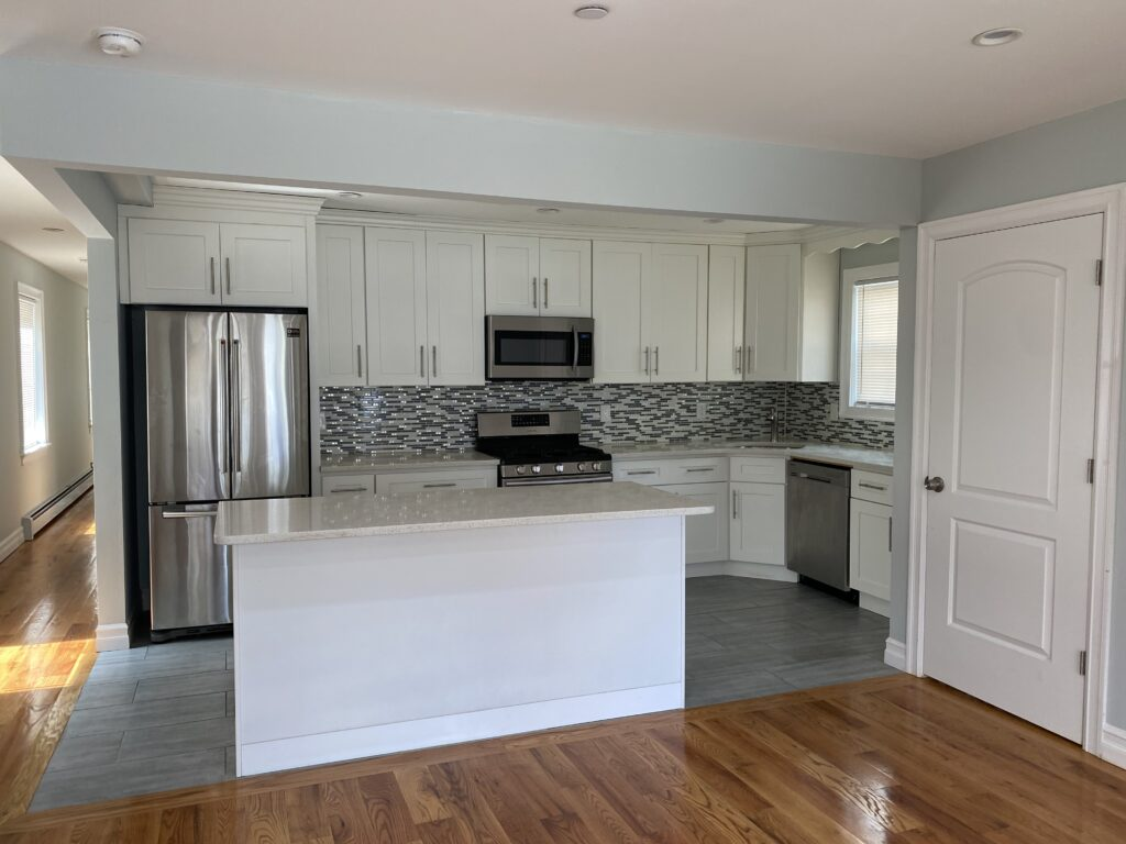 Tip 2 Clear Countertops